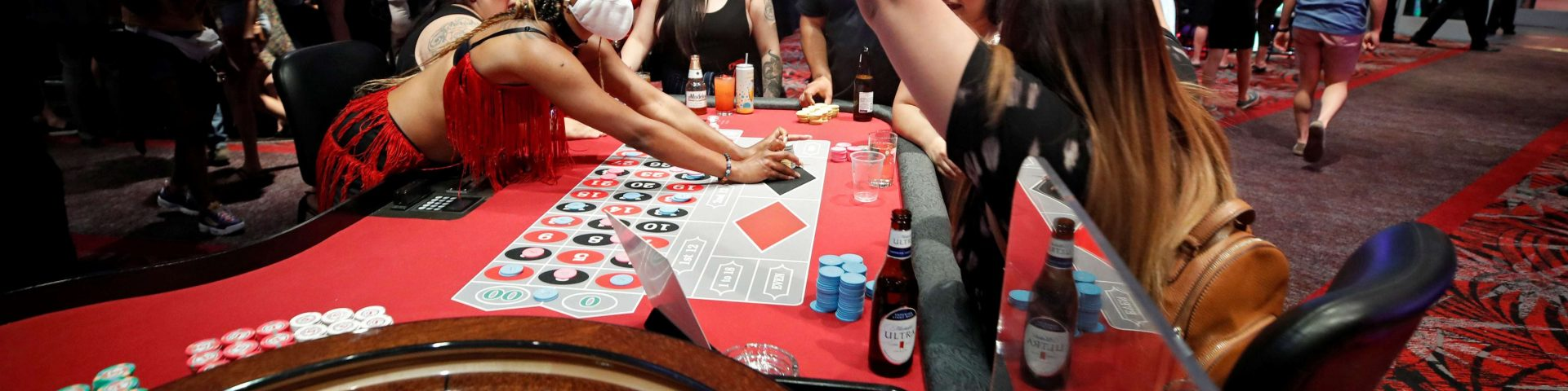 The Gates For Casino Poker By Utilizing These Straightforward Tips